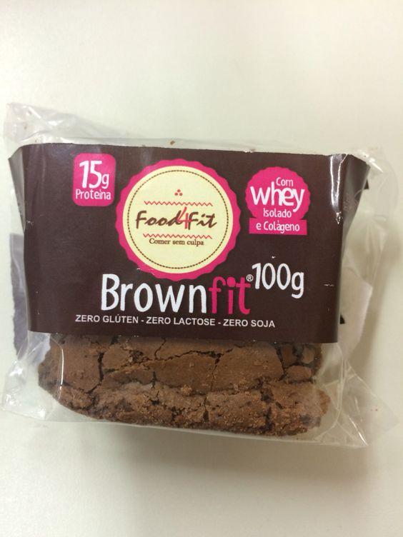 Brownie Fit (zero: lactose, glúten e soja). 230kcal/100g Tão delícia que não parece que é fit, mas atenção na caloria!