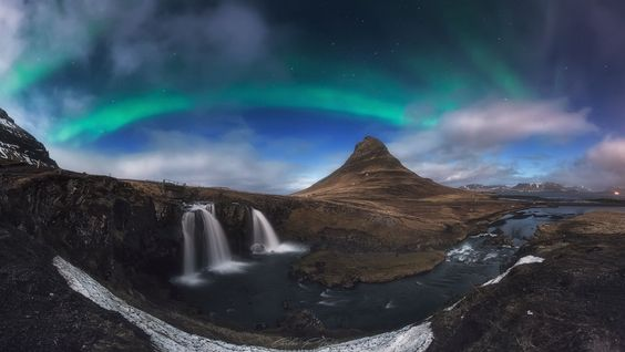 Light of Hope! Northern Light Iceland by Carlos F Turienzo [1280 X 722]