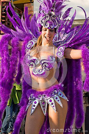 trajes de carnaval brasil , Buscar con Google