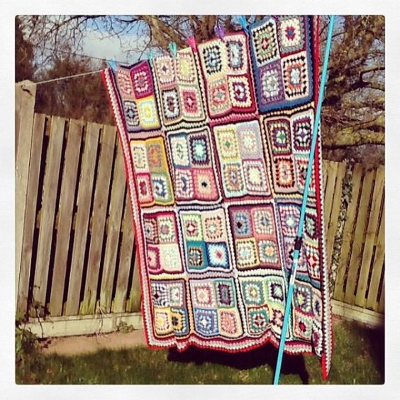 #crochet granny squares blanket