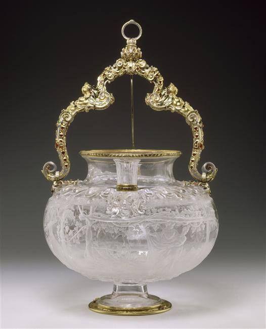 Vase en cristal de roche (l'ivresse de Noé), entré dans la collection de Louis XIV entre 1681 et 1684 – Milan, milieu du XVIe siècle - Paris, Musée du Louvre:
