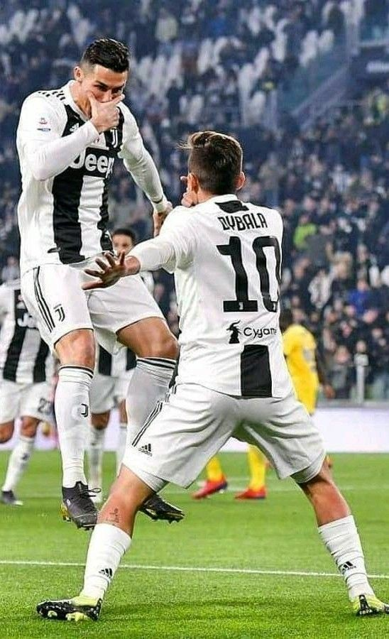 Paulo Dybala & Cristiano Ronaldo   Giocatori di calcio, Foto
