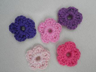 HaakZaken: Patroon gehaakt allersimpelst bloemetje
