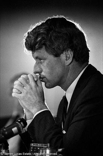 Robert F. Kennedy >