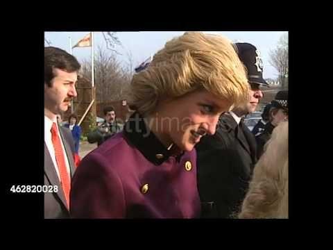 Princess Diana Talking to Bystanders 24 gennaio 1989