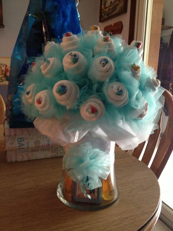 Diaper bouquet party baby shower pinterest my mom for Diaper crafts for baby shower