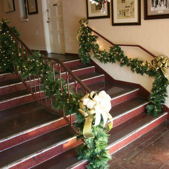 greenchristmasgarlandwithwhitelightsjpeg by ChristmasSpecialists