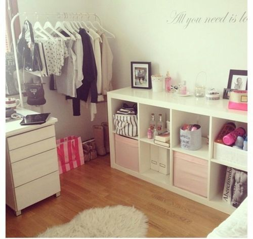 Teen room // pastel black white pink shades fairy lights wall deco tumblr room