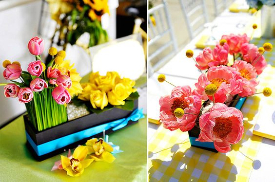 LOVE these arrangements!: Yellow Gingham, Gingham Table, Yellow Color Schemes, Bride Story, Runner Baby, Table Runners, Bright Yellow
