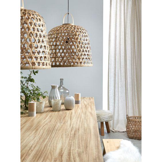 Deze rieten lampenkappen geven een zachtere uitstraling aan je interieur  Hanglamp Flora, #