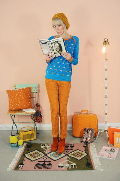 "SPORTY LANGARMOBERTEIL  ""TRIANGLE"" BLAU von Bonnie & Buttermilk auf DaWanda.com #shirt #tshirt #langarmshirt #bobbieandbuttermilk #pulli #pullover #fashion #mode #retro #siebziger #local #handmade #berlin"
