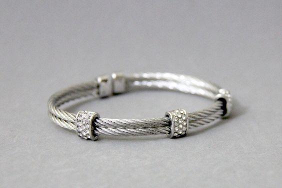 Dos Cable brazalete pulsera de plata / / por AlishasJewelry en Etsy