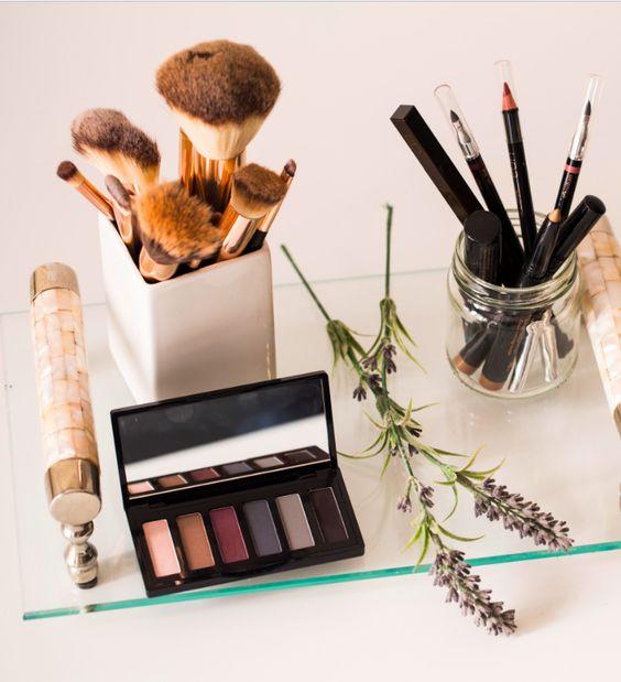 Confira nosso guia de cuidados indispensáveis que você deve ter com o kit de beleza para aproveitá-lo ao máximo: