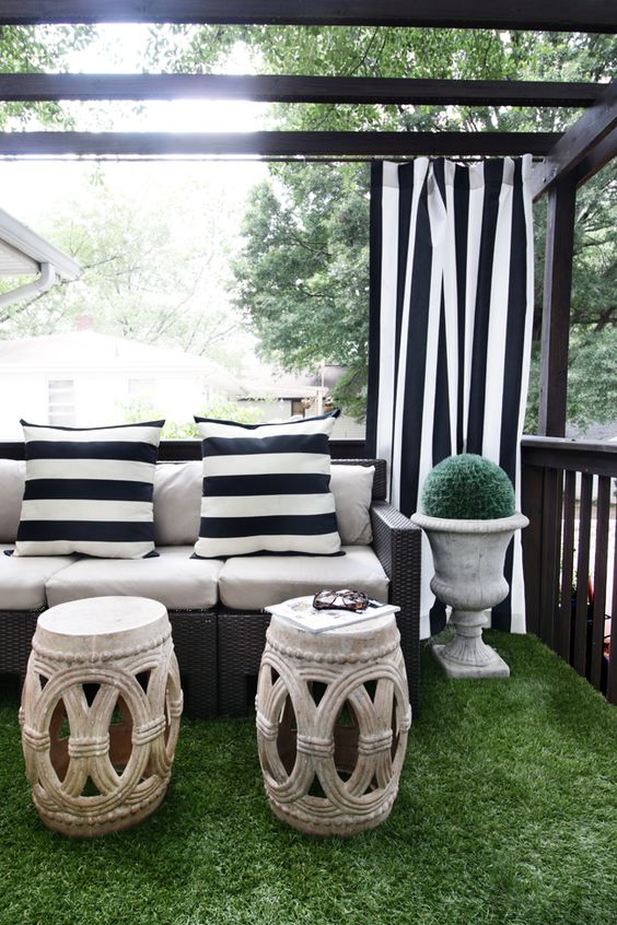 Black and White Outdoor Drapery // Astroturf Patio // Garden Stools
