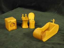 Puppenhausmöbel fürs Bad, Waschmaschine, Spüle, Toilette, Badewanne. Die Puppenhaus-Möbel sind einzeln zu bestellen. Das Bild zeigt ein Prod...