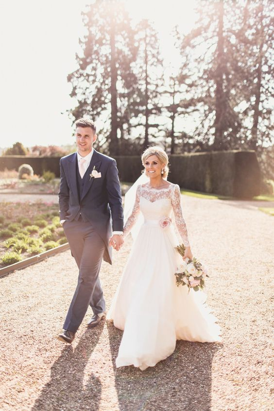 Bride & Groom Portrait | Naomi Neoh Blush Pink Fleur Wedding Dress | Classic wedding at Ragley Hall | Pink Colour Scheme | Pastel Flowers | Image by Anna Clarke Photography |  http://www.rockmywedding.co.uk/naomi-mark/