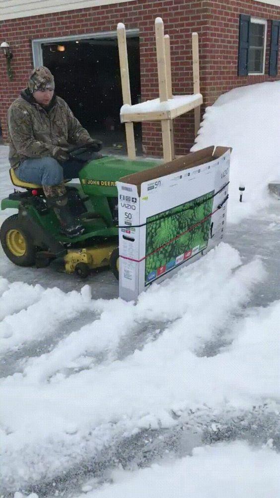 Diy Snow Plow Https I Imgur Com 5ycznl3 Gifv Amazing Gifs Funny Photoshop Pictures Snow Plow