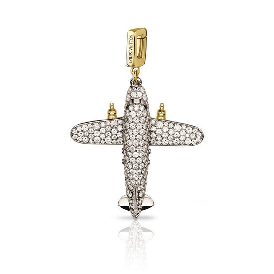 飛機吊飾,白 K 金、  黃 K 金和鑽石 via Louis Vuitton