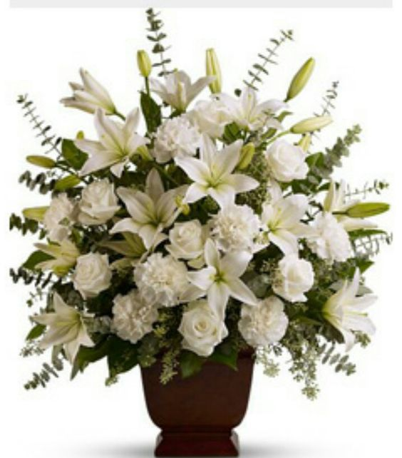 Lilis, clavel, rosa:
