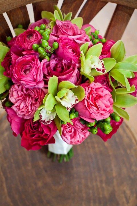 pink green bouquet wedding