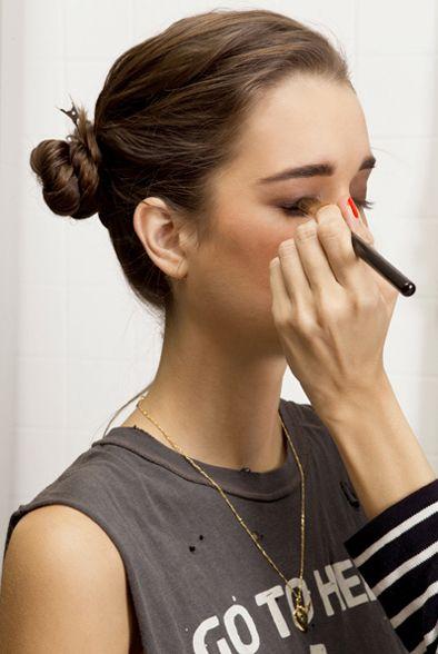 Smoky eye tutorial.