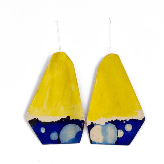 Painted brass earrings with epoxy finish by Johanne Ratté 2016. @lesjoanneries.com: