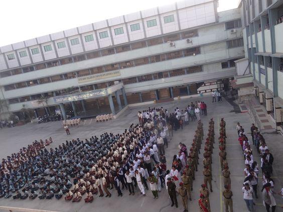 Republic Day At Amroli College 26-01-2016