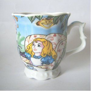 Amazon.com: Alice In Wonderland Tea/Coffee Mug 11oz: Kitchen