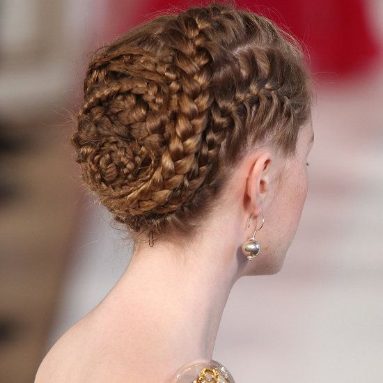 Gorgeous conch shell braid from Christophe Josse — so modern but Classical Revival at the same time.