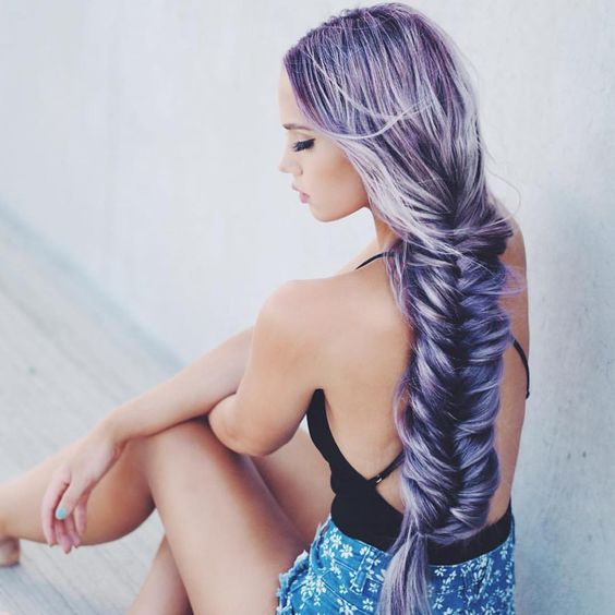 Hairstyles and Beauty blog is dedicated to beauty, hairstyles and makeup.  — IG: kirstenzellers