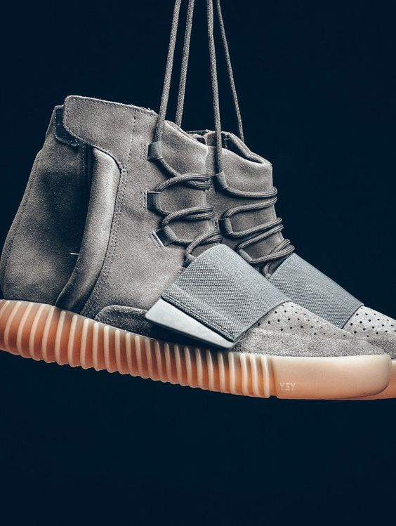 The BEST links to buy the latest Yeezy Boosts. UK, US and Worldwide Yeezy Boost release links to purchase and release date and time information.