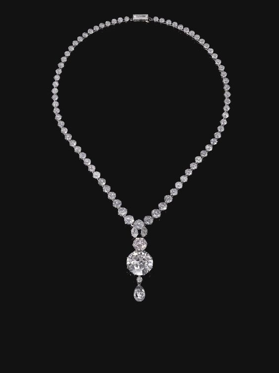 Light pink diamond necklace