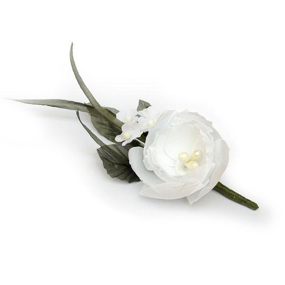 Essa flor feita de tecido italiano Bianchini,  Boleada artesanalmente.  A flor pode ser feita em outras cores, sem pequenas flores  ou com outra flor inv[ez delas. R$ 45,00