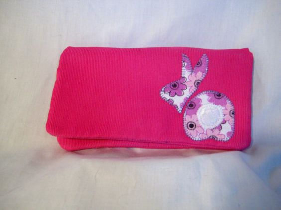 Bunny Wallet with magnetic closure by Piperbrogan on Etsy, $23.00