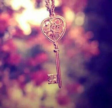 #key #flower #photo