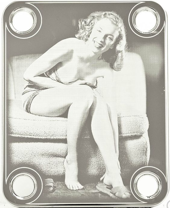 nice NECK PLATE - Pin-up Smile & Feet - chrome for guitar or bass   Check more at http://harmonisproduction.com/neck-plate-pin-up-smile-feet-chrome-for-guitar-or-bass/