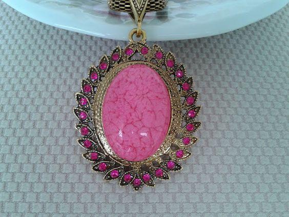 ROSALINDA BIJUTERIAS : http://www.elo7.com.br/colar-estrela-rosa/dp/572BD...