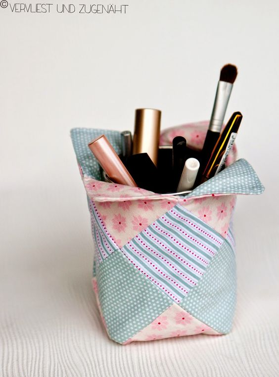 patchwork dosen huelle stoffreste nutzen geschenk selber n hen schnittmuster pinterest. Black Bedroom Furniture Sets. Home Design Ideas