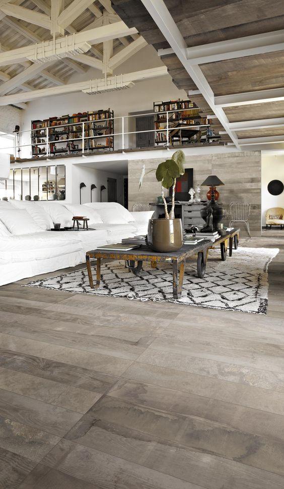 Ferme moderne industriel and gris on pinterest for Salon avec poutres apparentes