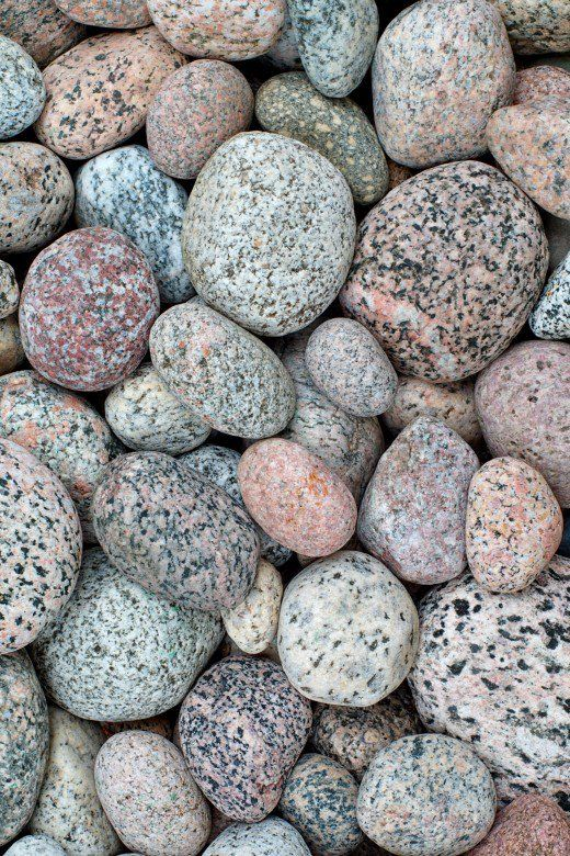 Identifying The Rocks Of Lake Michigan Geode Septarian Agate And More Lake Michigan Stones Beach Stones Michigan Beaches
