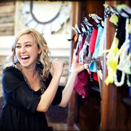 15 bridal shower games for a crowd