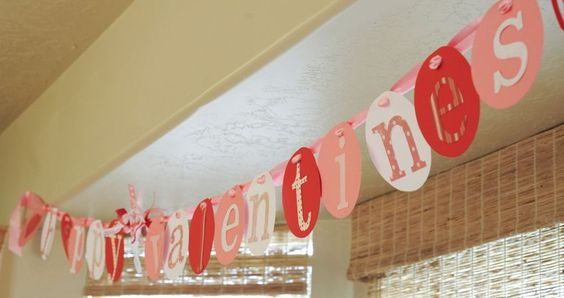 One Charming Party - I love this party blog & party idea shop.