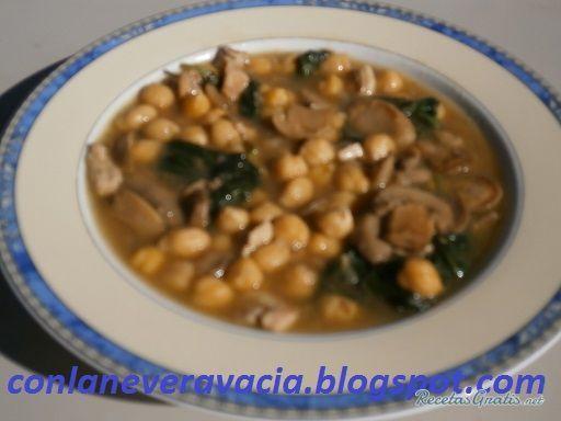 Aprende a preparar garbanzos con espinacas pollo y champiñones con esta rica y fácil receta. Los garbanzos una legumbre sencilla y deliciosa.El otro día para comer...