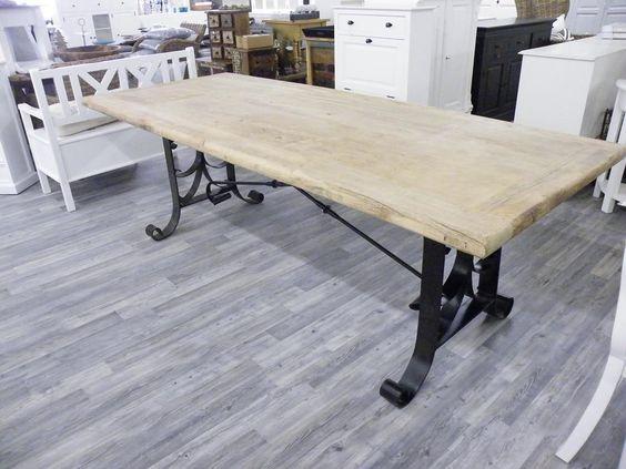 Esstisch mit Eisengestell alte Kiefer Tisch Eisen Landhaus rustikal natur massiv neu