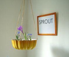 #DIY cake pan planter