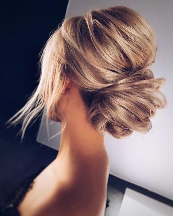 Https Www Lovely Hairstyles Com Wp Content Uploads 2019 07 19 Hairstyle With Bangs Jpg In 2020 Shag Frisuren Weibliche Frisuren Asymmetrische Frisuren
