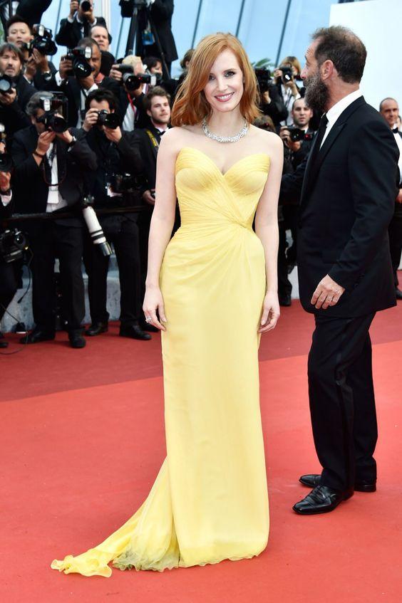 Jessica Chastain vestido amarelo em Cannes / look de festa, madrinha de casamento, formatura