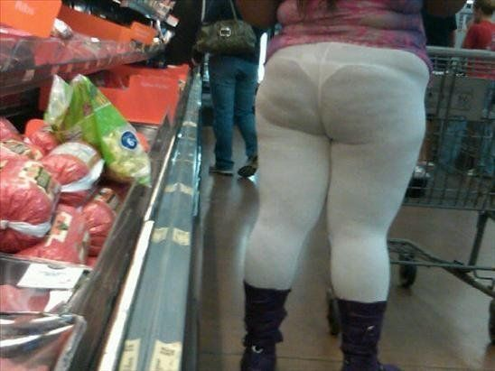 Mujer fea calzon a rayas 9
