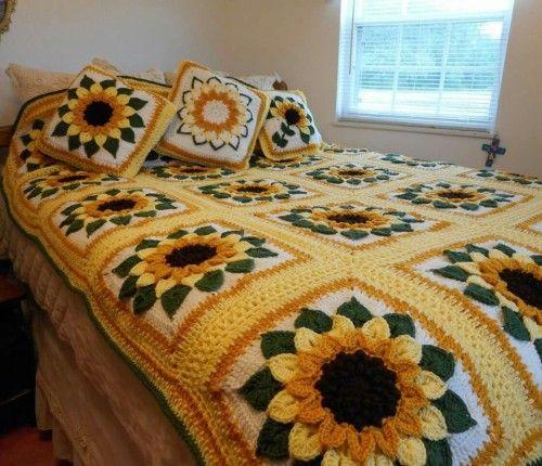 Sunflower Bedspread Free Pattern A Diy Craft Post From The Blog Beautiful Skills C Crochet Sunflower Crochet Patterns Free Blanket Afghan Crochet Patterns