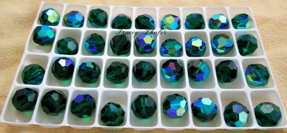 Please Join us for TT&T partnered auction. Jan 31, 6pm CST http://tophatter.com/auctions/35175?type=partner  12mm Emerald AB Rounds
